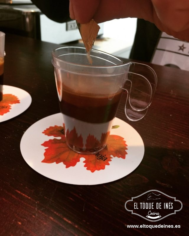 Terminar con un rico café con gotas en Marqués de Vizhoja...