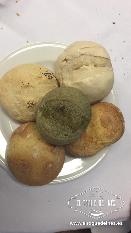 Los panes hechos por los alumnos, de trigo, con calabaza, semillas de chia, con grelos...